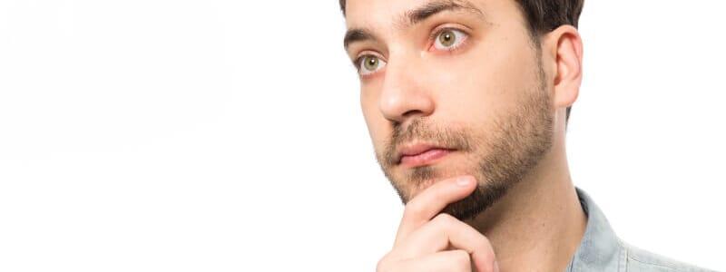Cirurgia de ginecomastia: saiba como é feita a redução da mama masculina