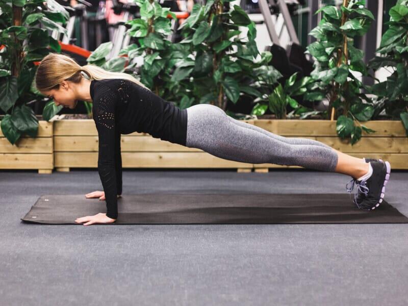 5 dicas de exercícios para levantar os seios